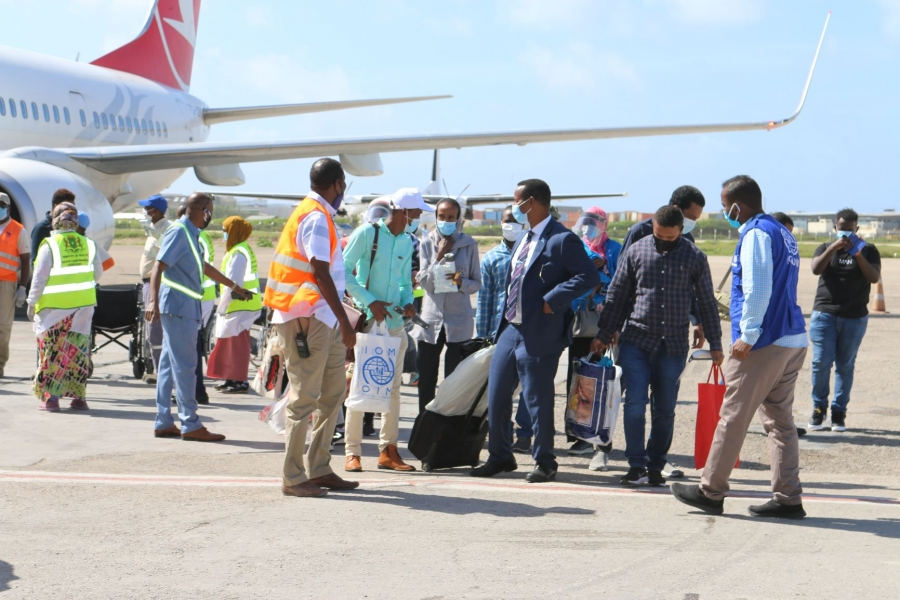 بازگشت مهاجران سومالیایی به خانه پس از سپری کردن ماهها در ایران